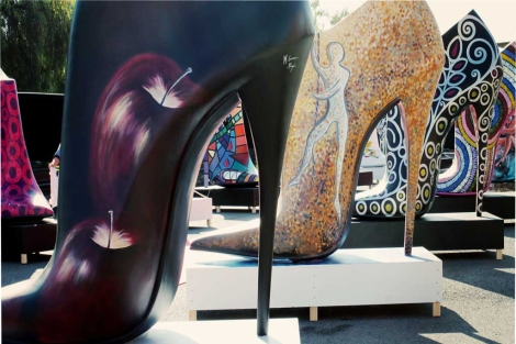 Madrid Sunday Shopping + Shoe Street Art 9adc9868e731f